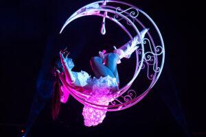 Magic Circus Luchtacrobatiek
